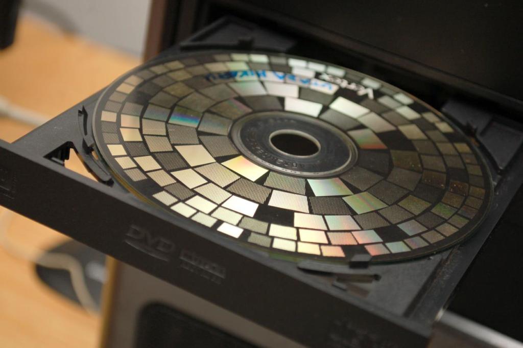 CD'deki filmleri bilgisayar nasıl tanıyıp açıyor 1024x681
